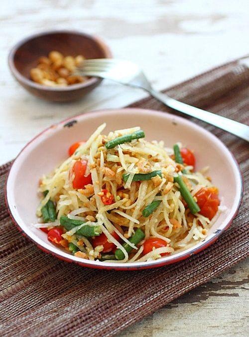 Green Papaya Salad – Vegan